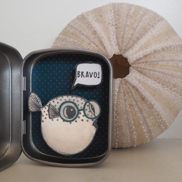 boite reconfort poissonlune bravo 600x599 - Boite Réconfort Minute Poisson Lune Bravo